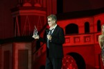 Ryan O'Neal accepts Farah Fawcett's Inspiration Award