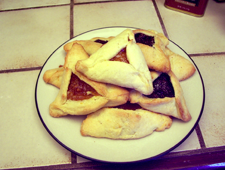 Hamentaschen, a cardiac condiment.