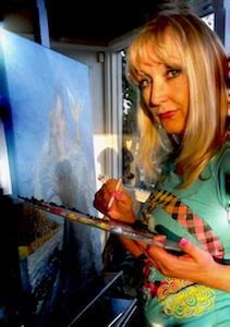 Artist Elena Kealy