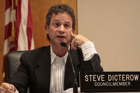 Council member Steve Dicterow