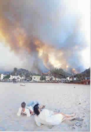 2 ashes Fire from Main Beach Oct 27 1993 ron chilcote