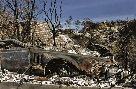 A car burned out on Skyline Drive in the aftermath of the '93 fire. Photo by Mitch Ridder
