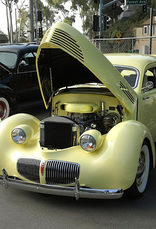 An example of the vintage vehicles at Rotary's Car Show.