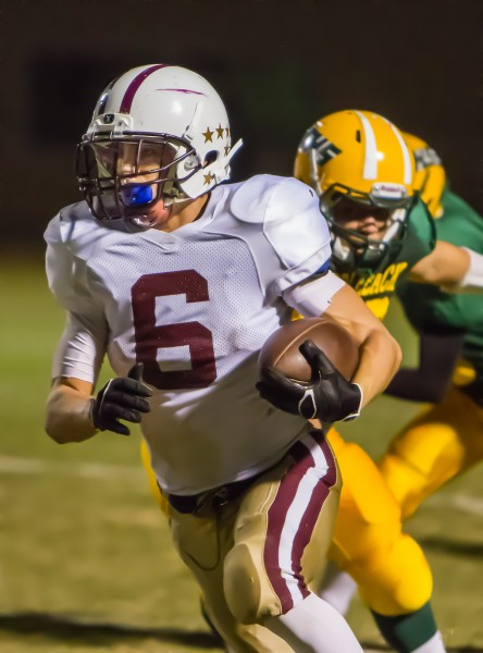 Andres DeLaRosa broke a 78 yard run to score Laguna's sixth touchdown of the first half against Saddleback. Photos by Doug Landrum