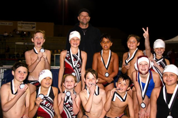 Front row, from left: Tom Leggett, Myha Pinto, Didi Evans, Nate Evans, Sai Bassett, Hannah Carver and Estella Gomez; middle, Holden Seybold, Tess Brobeck, Chasen Corlett, Brady Bumgardner and London Boyd. Coach Albie Beeler holds down the back row.