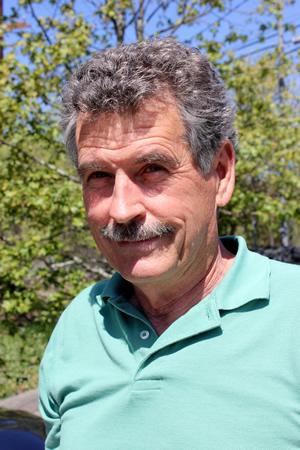 Bill Naaden