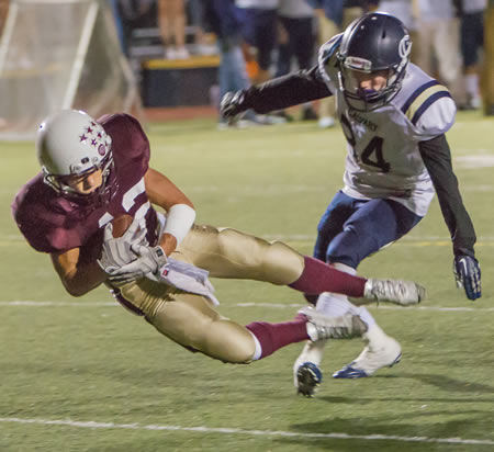 Matt Hayes cuts upfield, running for 39 yards on 12 carries in the game. Photos by doug Landrum.