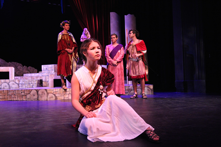 Shelby Clark as the spurned Hermia.