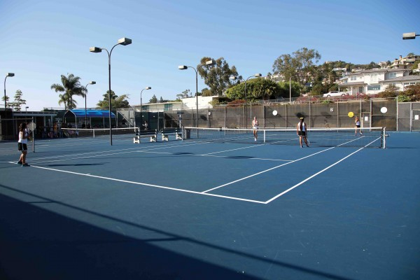 Repairs of the high school's tennis courts remain in a stalemate.