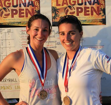 2015 Women's Laguna Open winners Meg Chetwood (left) and Tiffany Marinos.