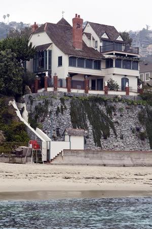 A historic Laguna Beach home on Ocean Way in 2009.