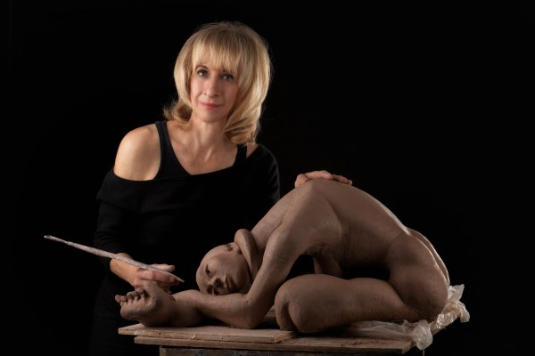 Festival of Arts exhibitor Jayne Reich tries to imbue her sculptures with a model's true essence.