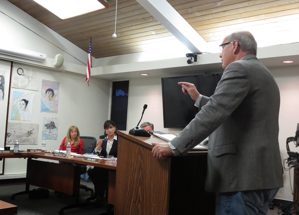 Howard Hills makes a point during a recent school board meeting.