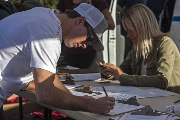 Nate Zoller registers to participate.
