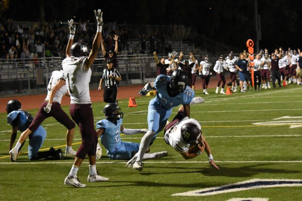 Bruce Knill crosses into the endzone in the Breakers win Friday, Nov. 11, against Duarte. Photos courtesy of LBHS Football Boosters.