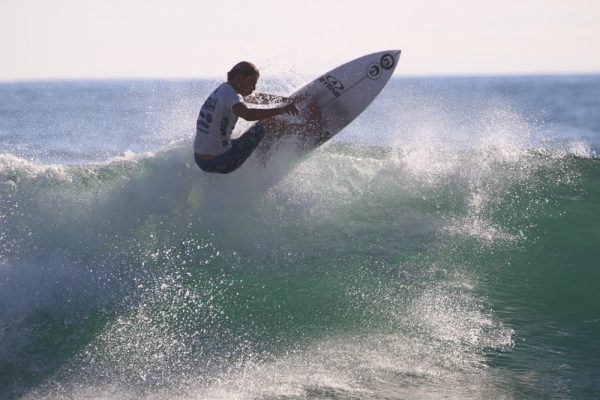 Jake Levine placed sixth in the national high school surf contest.
