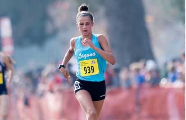 Top girls runner Jessie Rose