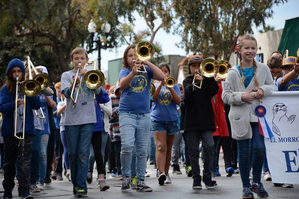 The El Morro Elementary band performs in the parade. Photo by Scott Ward.