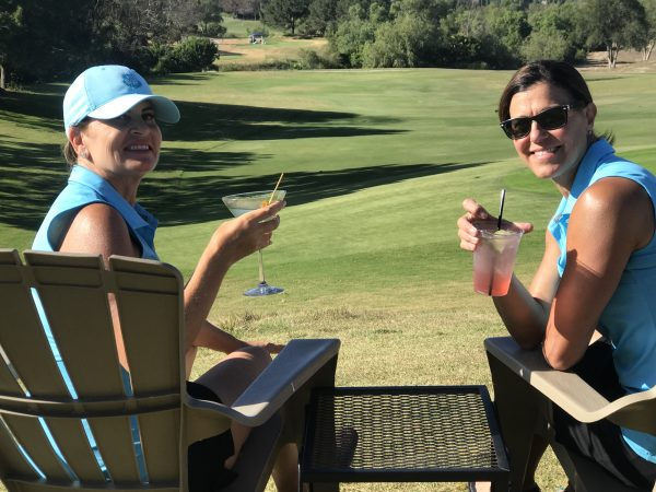 Paula and Tracey play golf